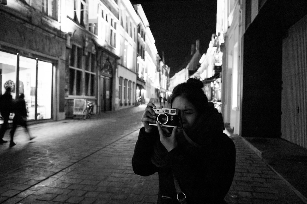 At work in Gent, Belgium. Shot at 1/8th of a second. No problem with a rangefinder camera.