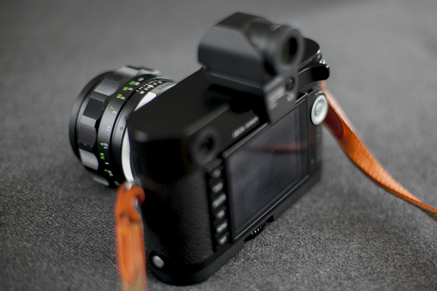Hey, a thumb rest AND the EVF on your camera at the same time. Can't do that with the Thumbs-up...