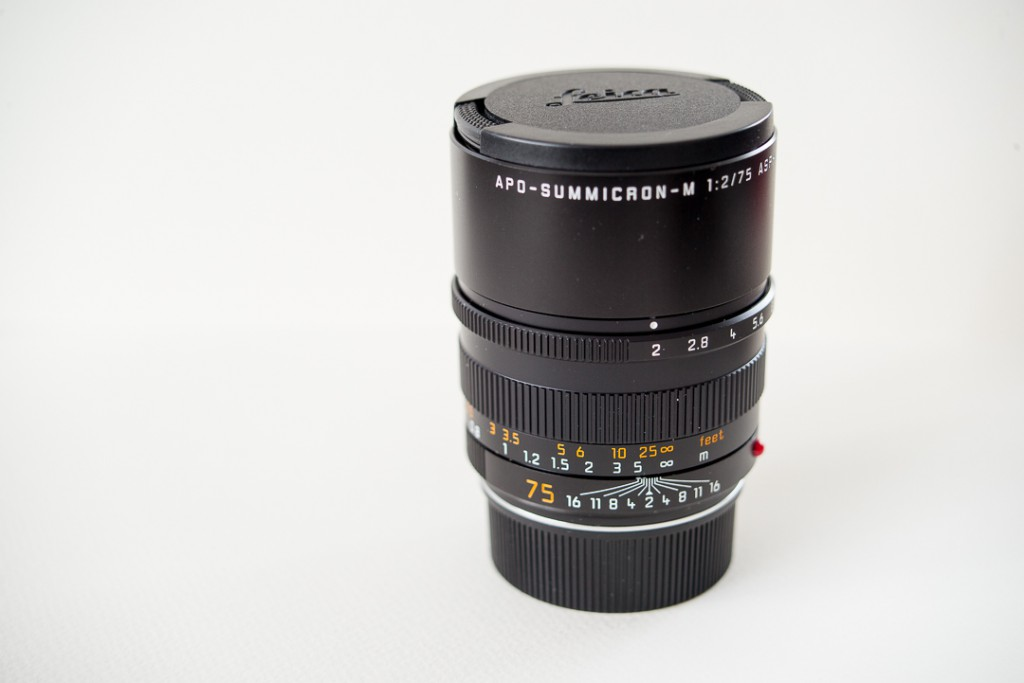 The Leica 75 Summicron: a beauty, yet slightly heavy.