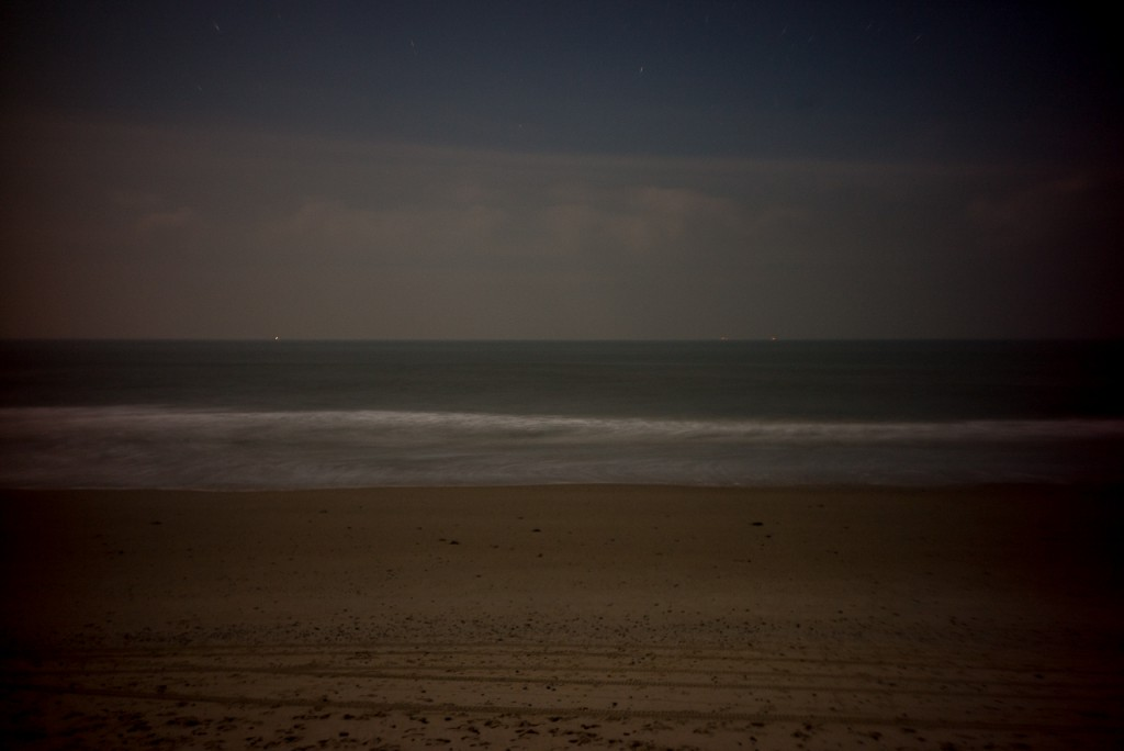 And a 30 seconds exposure in the middle of the night at the beach.