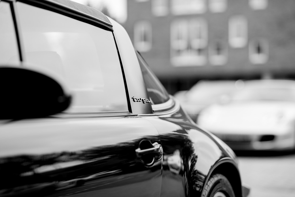 Smooth bokeh here on a classic Porsche 911 Targa.