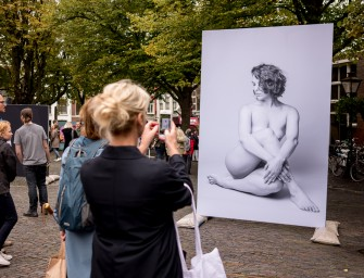 The Leica SL delivers perfect 2 by 3 meter prints